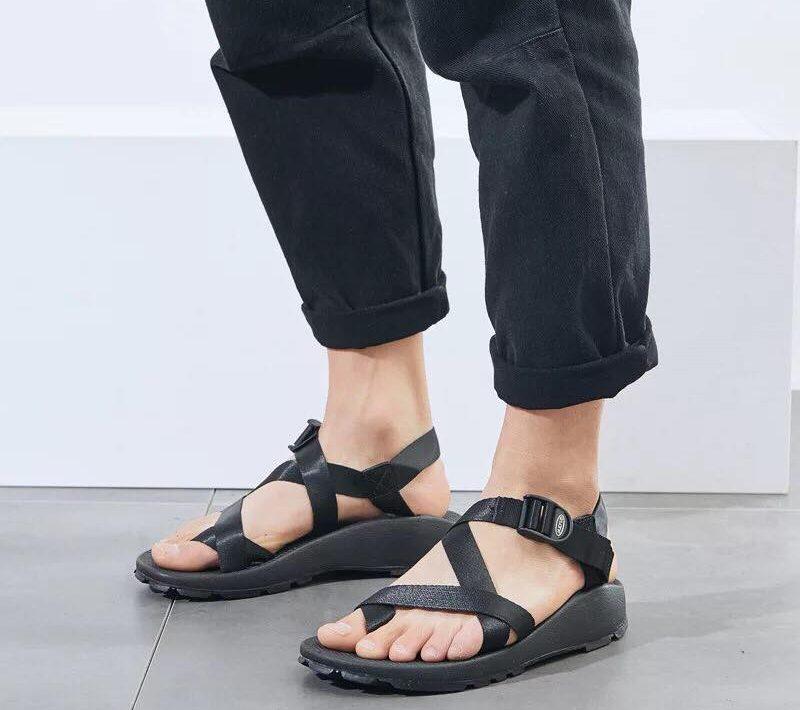 รองเท้ารัดส้นชาย